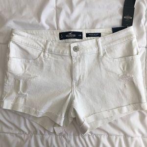 Hollister White Jean low Rise Midi Shorts 9 NWT
